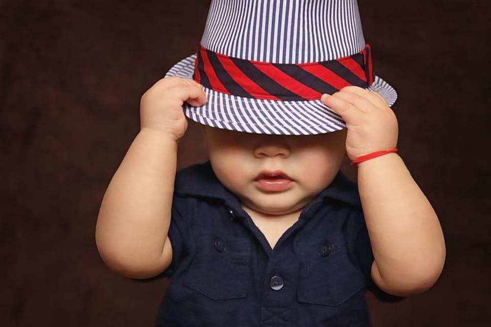 2ee895ab4dfeb 出産祝いに帽子ってどうなの?需要とおすすめの帽子を紹介!