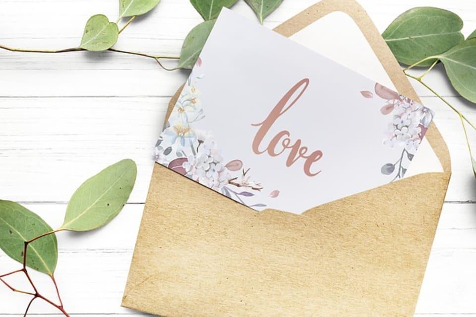 bf6b2126f981d5 出産祝いに喜ばれるメッセージカード例文13選 | TANP [タンプ]