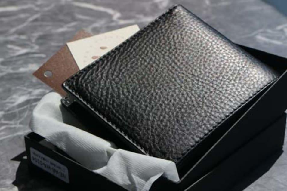 二つ折り財布(小銭入れ付き)-ブラック