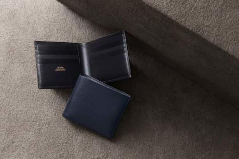 【FESON】キップ水シボ 二つ折り財布