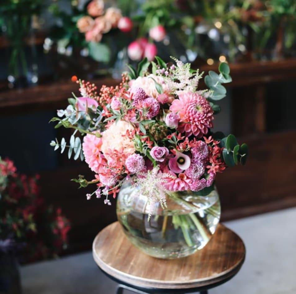 【ex. flower shop & laboratory】季節の花束 - M -