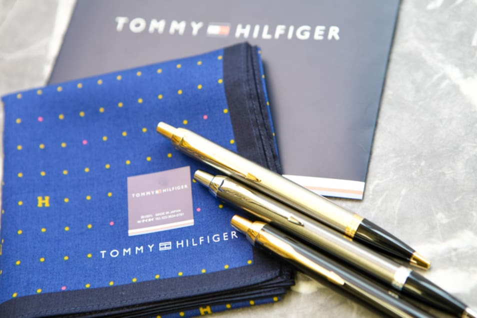 【TOMMY HILFIGER & PARKER】ハンカチ&ボールペンセット