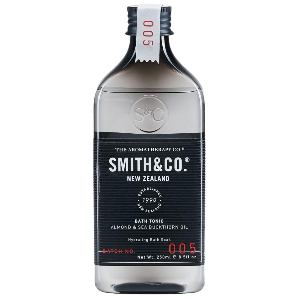 【SMITH & Co.】バストニック