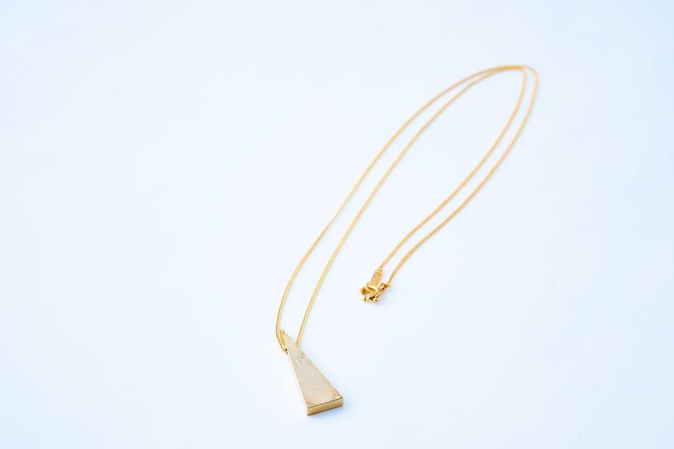 【Lanterna】Triangle Shape Necklace