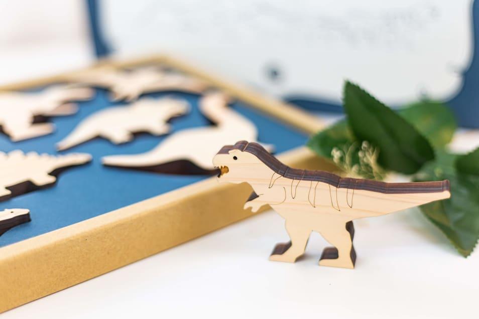 【mastro geppetto】木の恐竜 Dino
