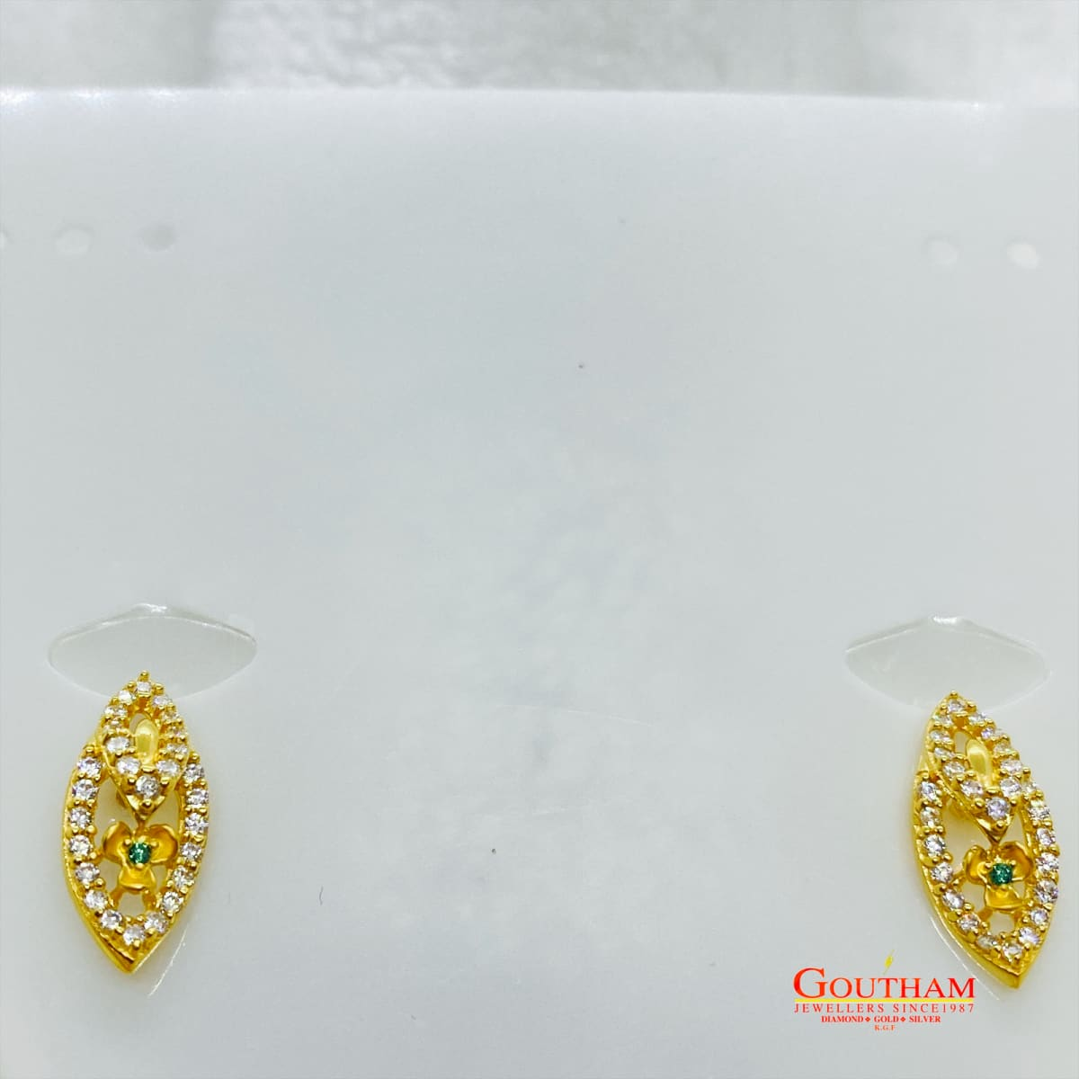 Fancy Extraneous Cz Stone Necklace Set Gj0198