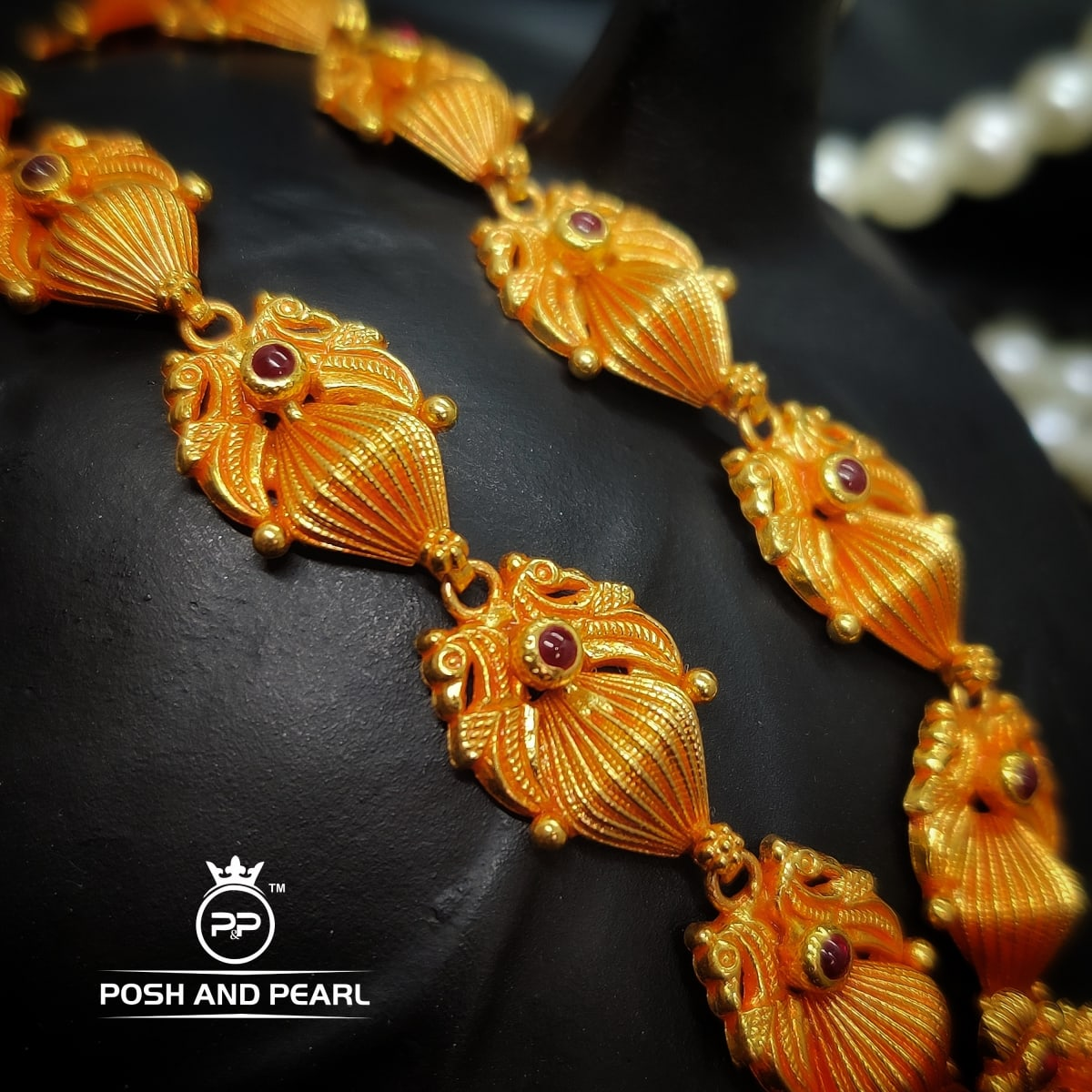 Jowmala Flower Pendent Necklace