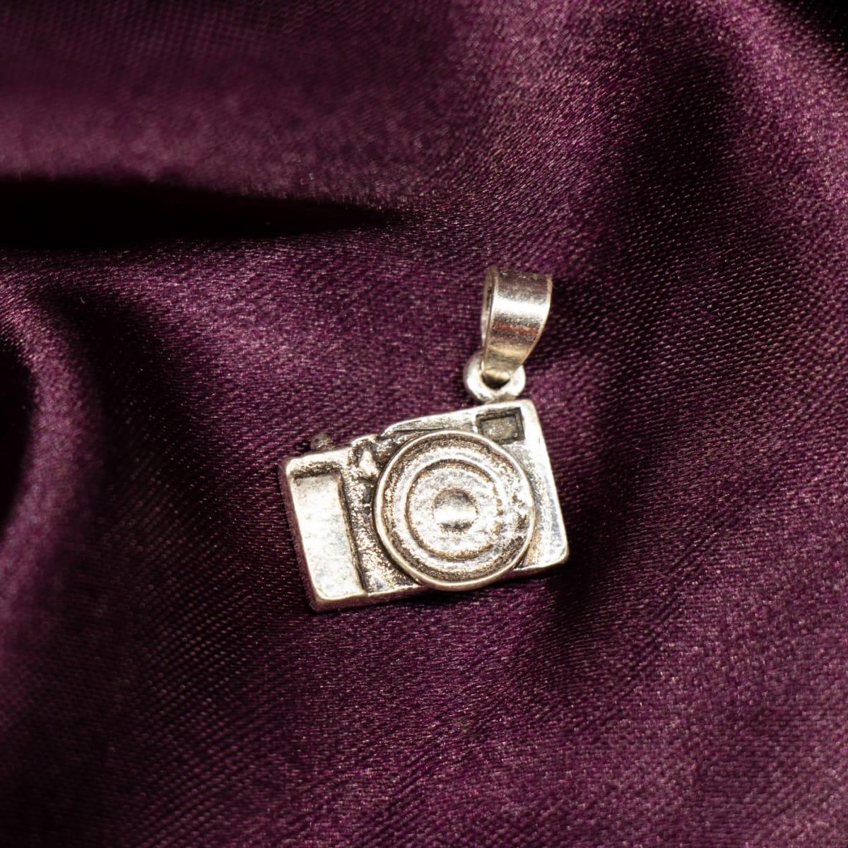 925 Silver Silver Rigid Pendant