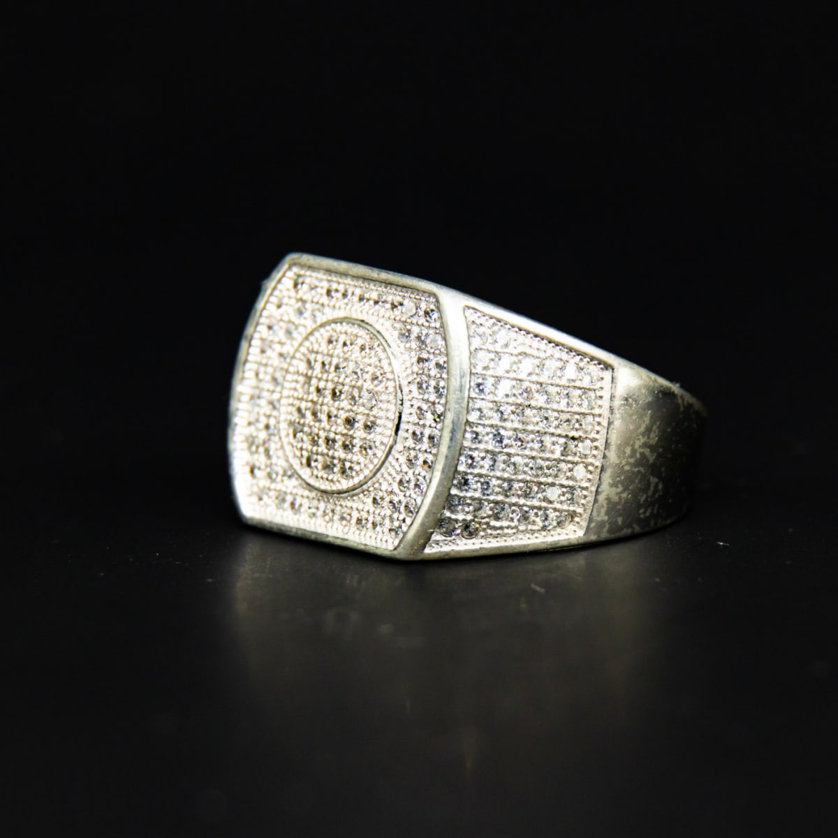 925 Silver Zircon Centerpiece Ring