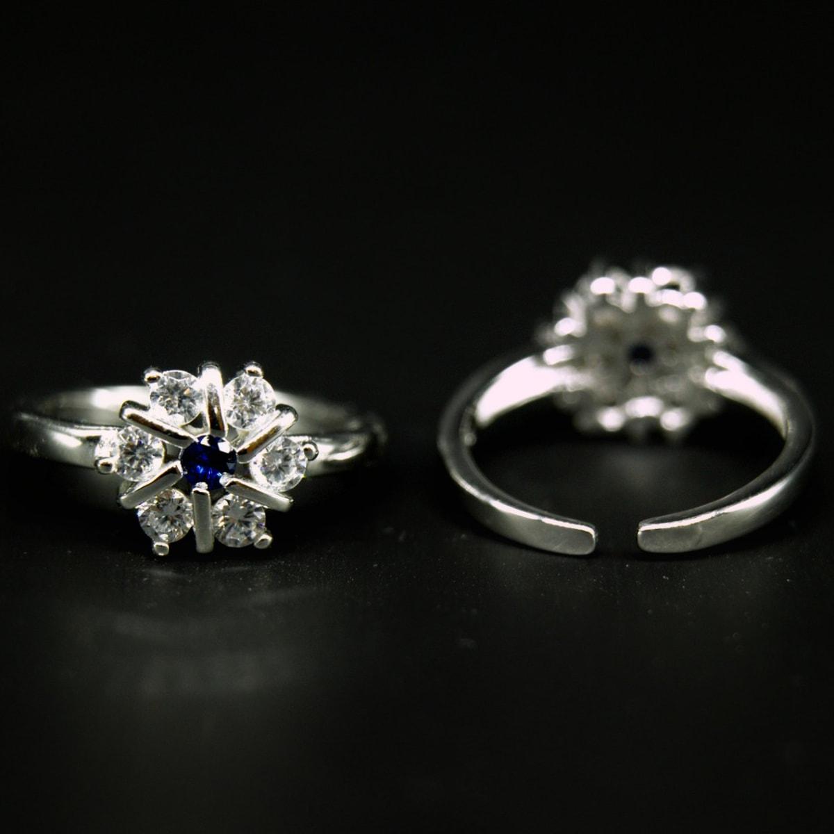 925 Silver Royal Toe Rings