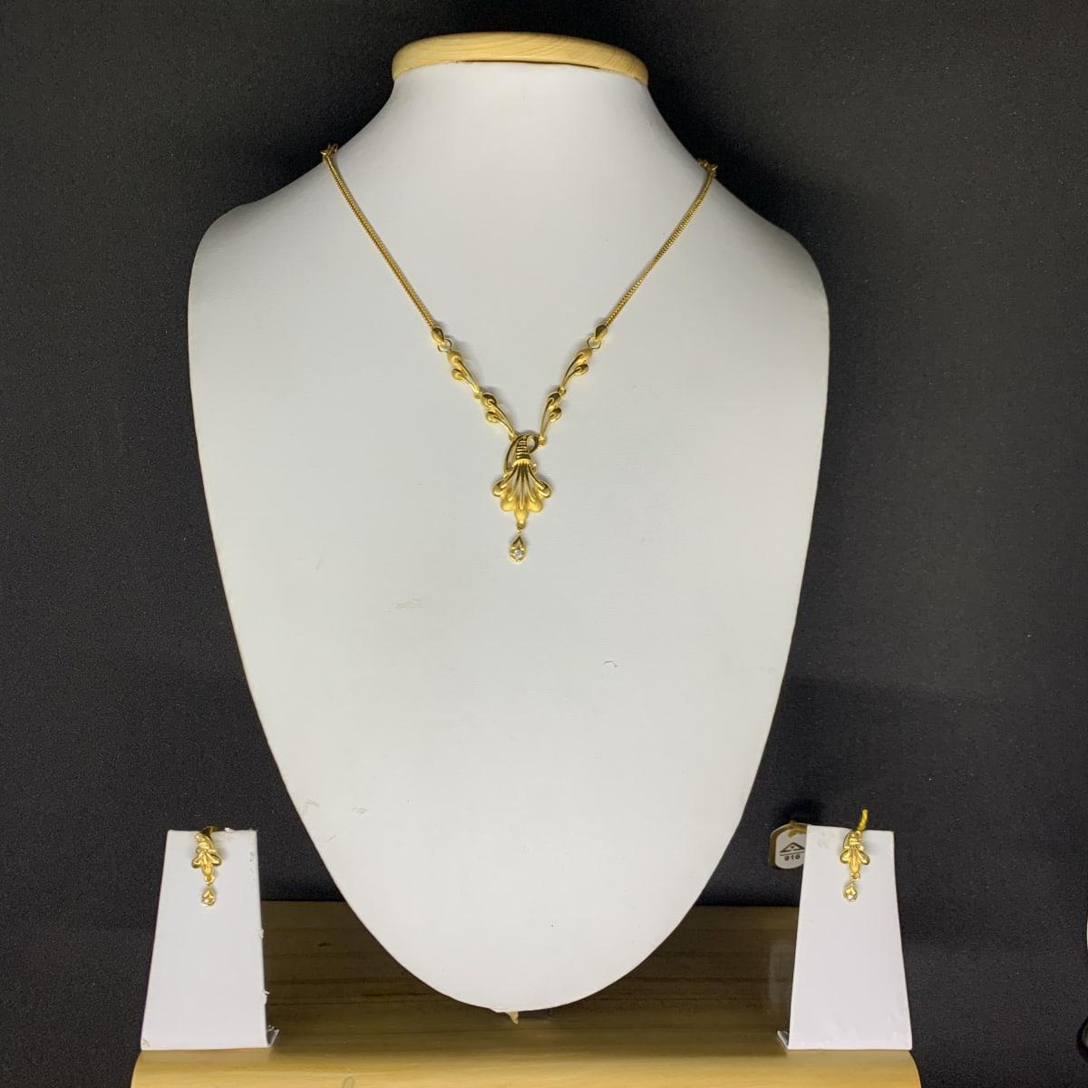 Cz Necklace With Kammal