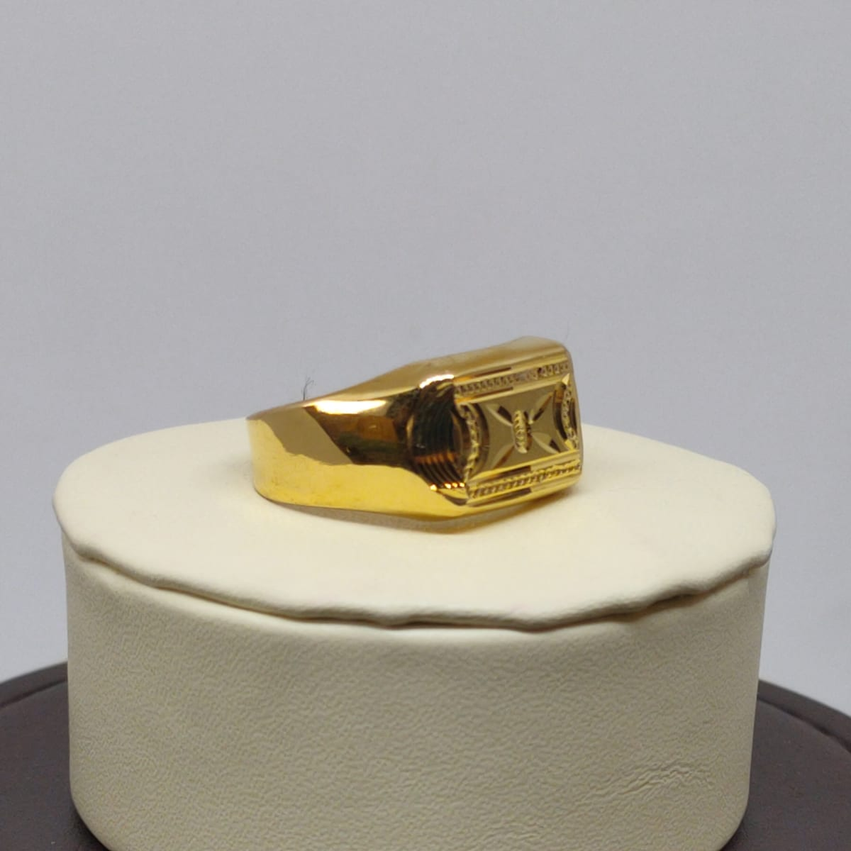 Chandan Cz Ring