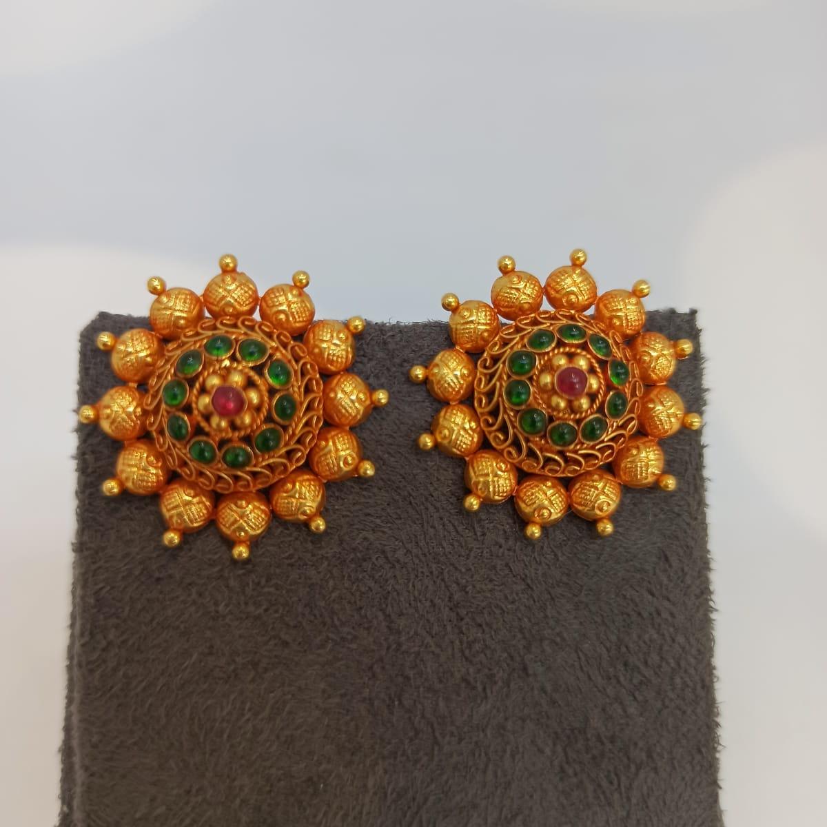 Red Stone Surya Stud