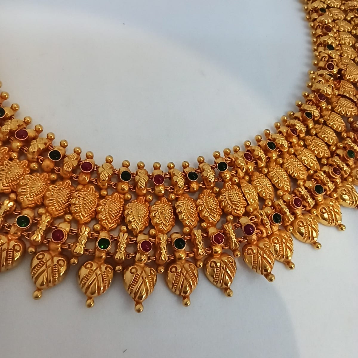 Radhana Traditional Necklace