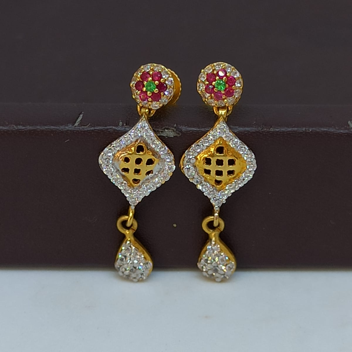 Jali Cz Earring For Her