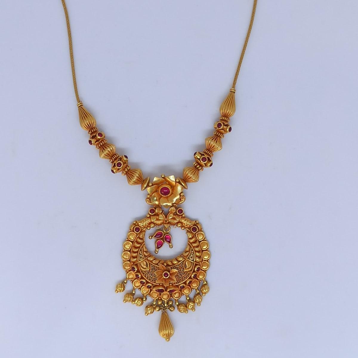 Floral Heena Necklace