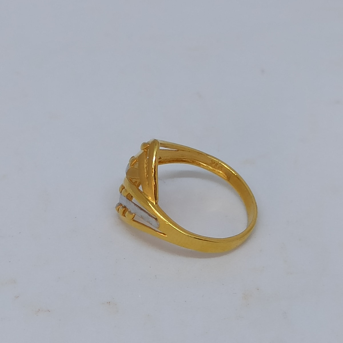 Guloche Plain Ring
