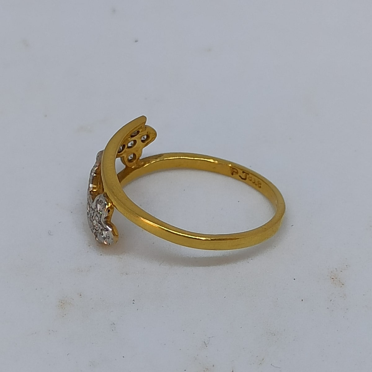 Three Leaf Cz Ring For Her