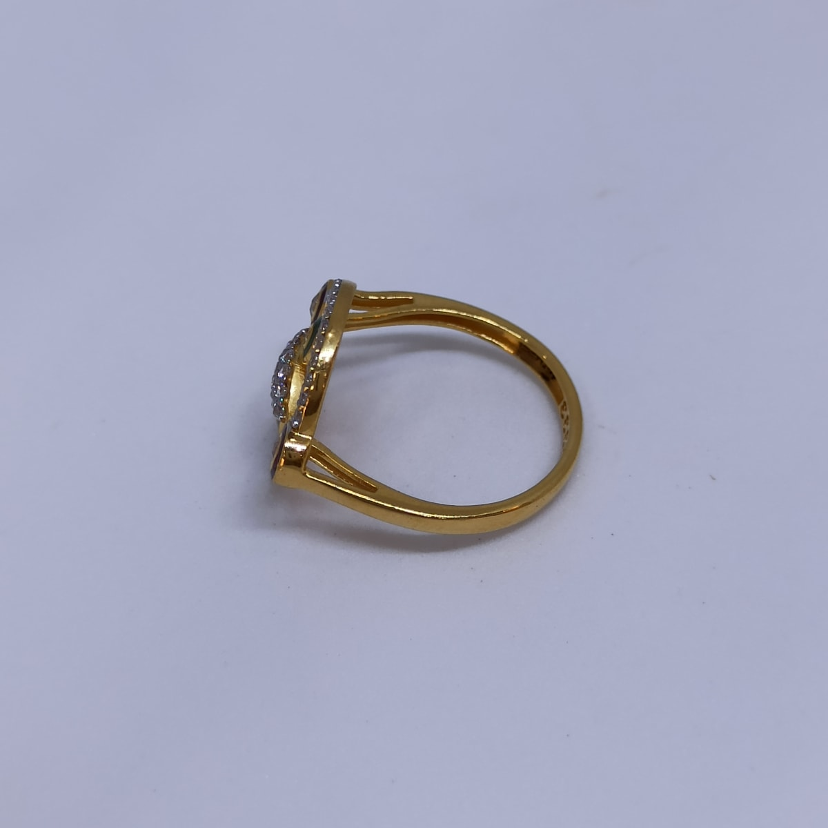 Oval Cz Enemaled Ring