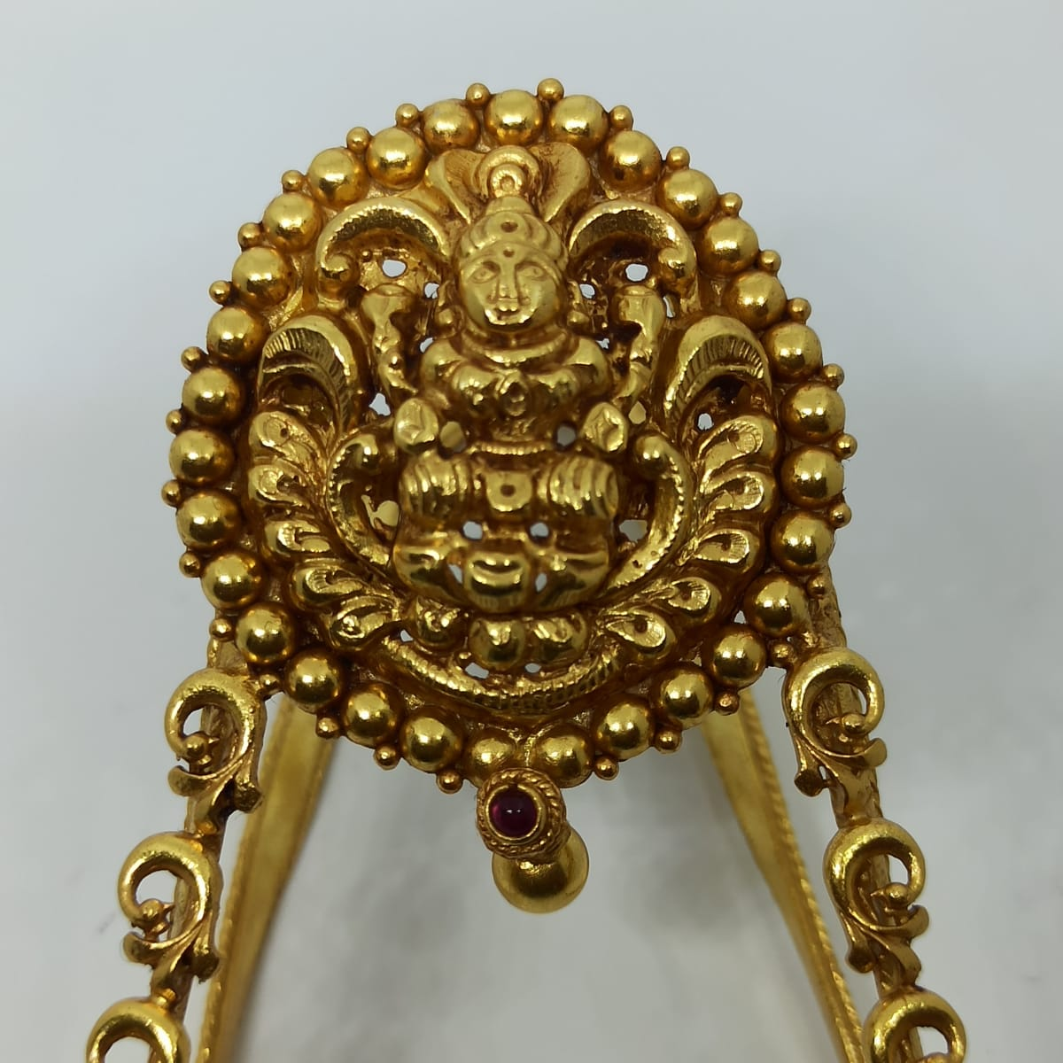 Lakshmi Antique Vanki