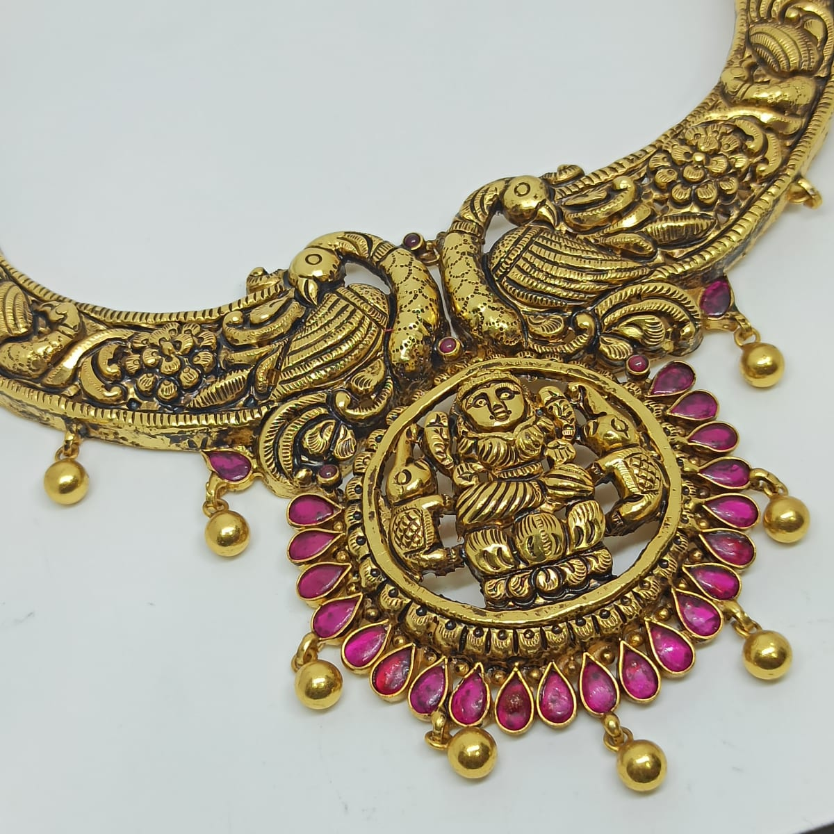 Gurleeni Traditional Necklaces
