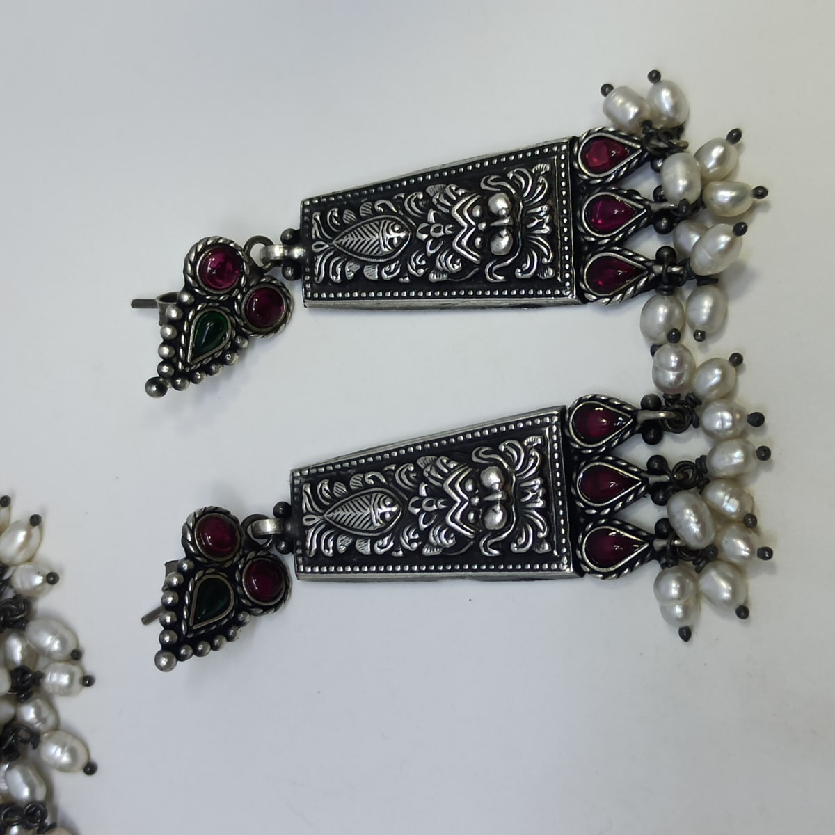 Srividhya Antique Necklace Set
