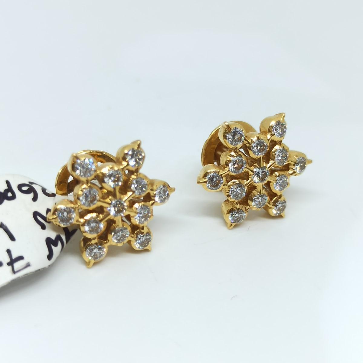 Asha Diamond Studs