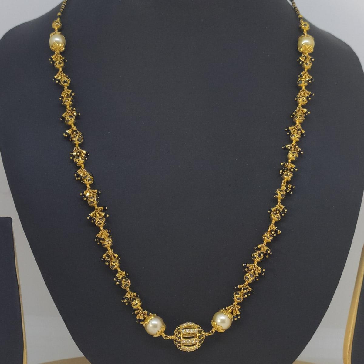 Moti And Black Stone Chain