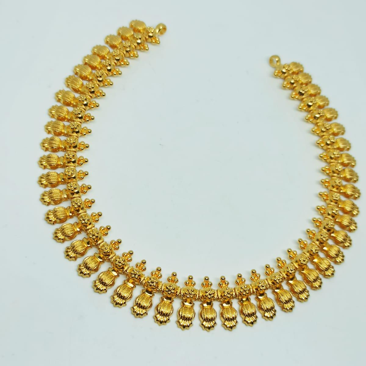 Designer Leaf Plain Necklace