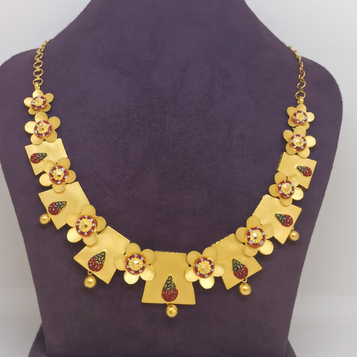 Flower And Box Necklace