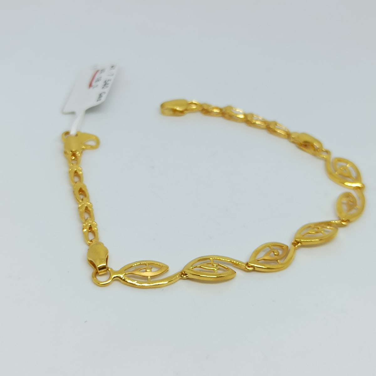 Leaf Plain Gold Bracelets