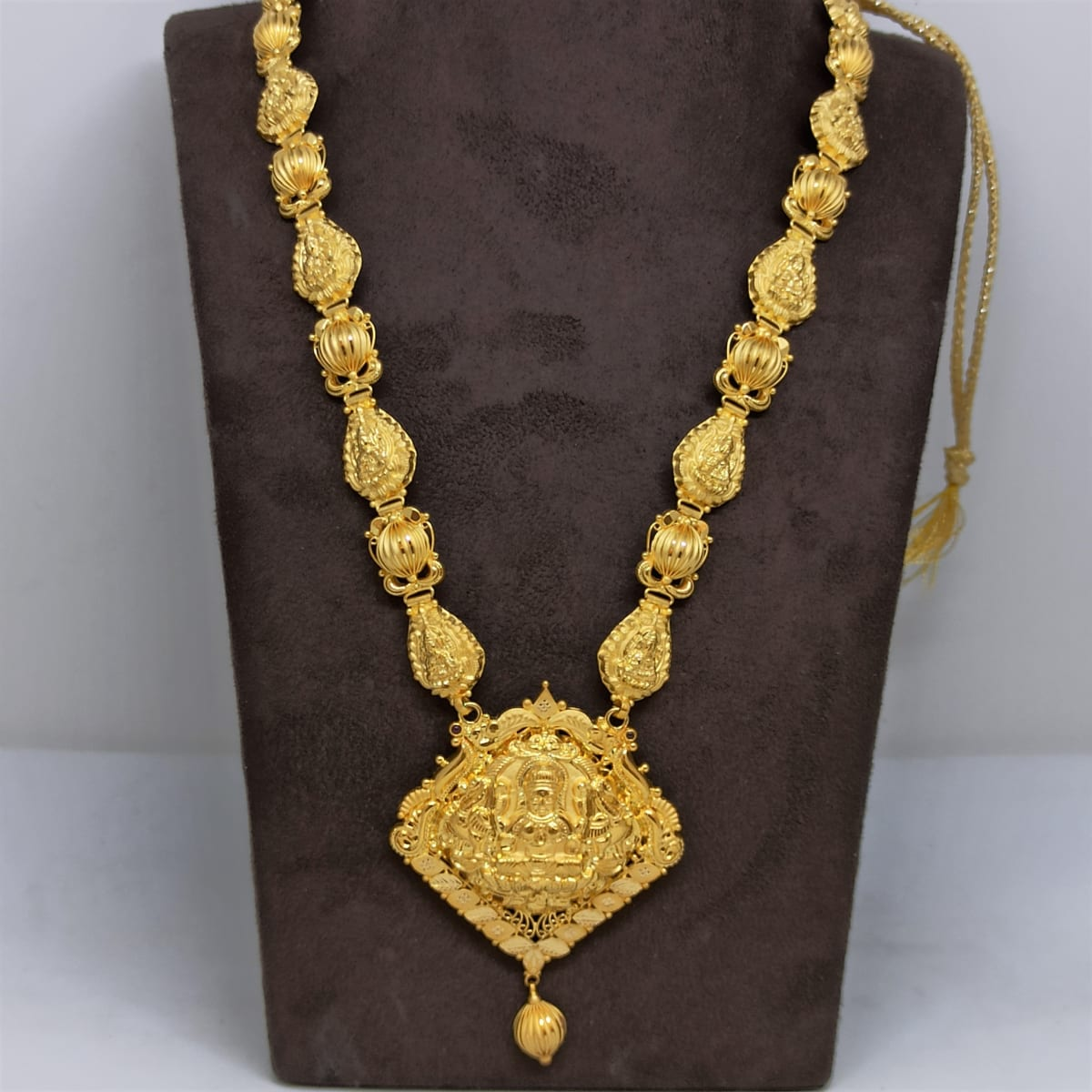 Sri Lakshmi Traditional Haram