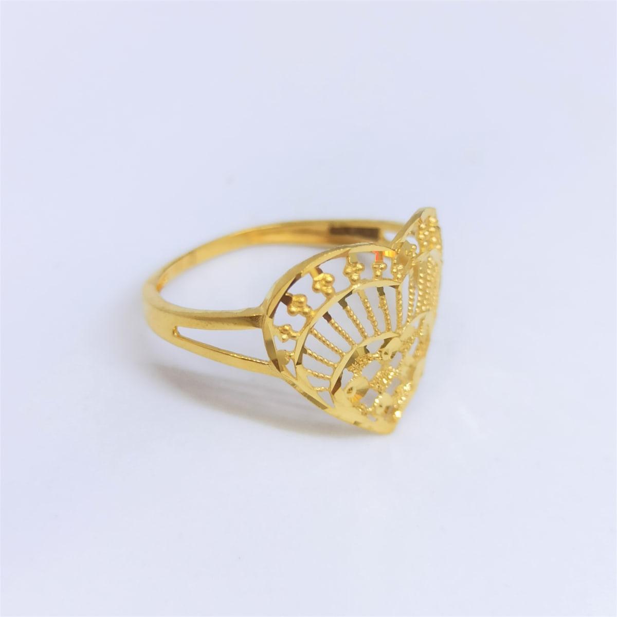 Heart Plain Gold Ring