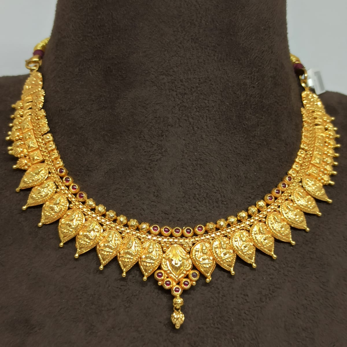 Lakshmi Leaf Traditional Necklace