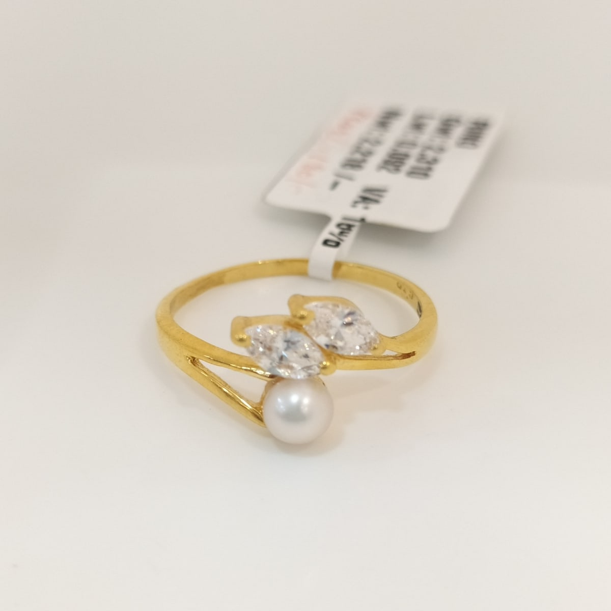 Moti And Cz Ring