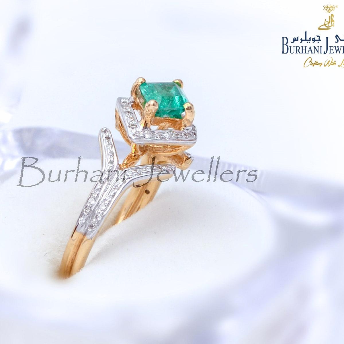 Emerald Diamond 18 Gold Kt