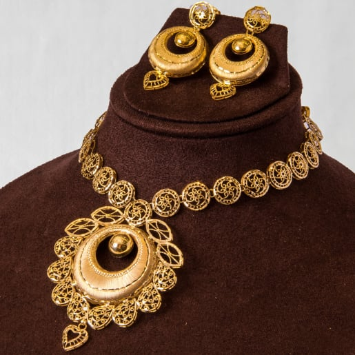 Dil Necklace Set