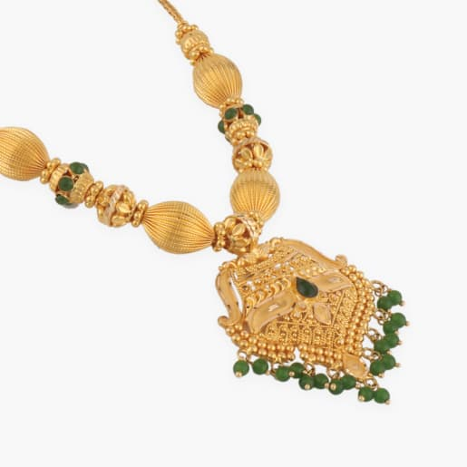 Annaniya Traditional Necklaces