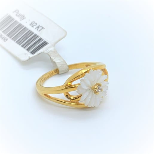 White Floral Cz Ring