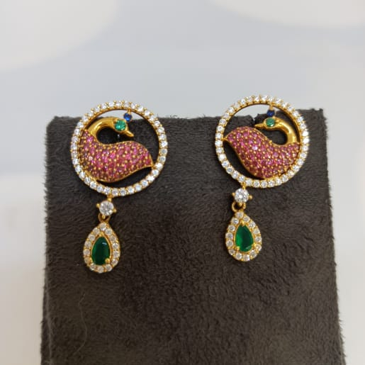 Pink Peacock Pendnats