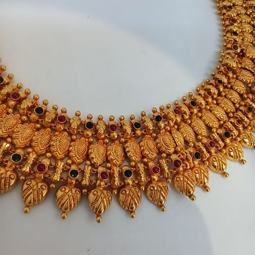 Radhana Traditional Necklace
