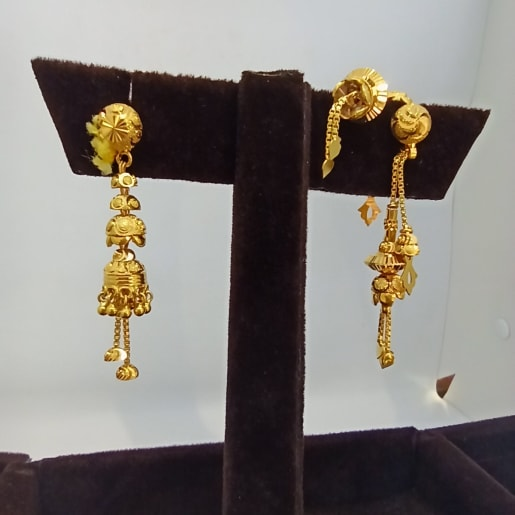 Parvi Traditional Jhumka