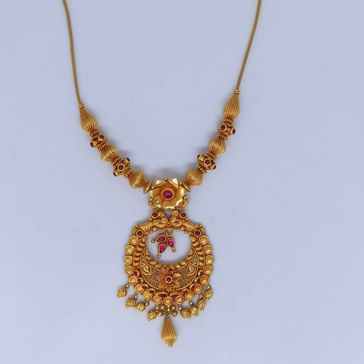 Floral Heena Necklace