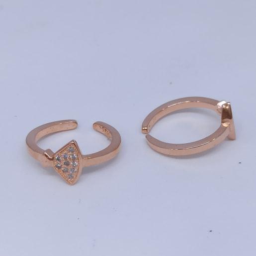 Triangle Stone Toe Ring