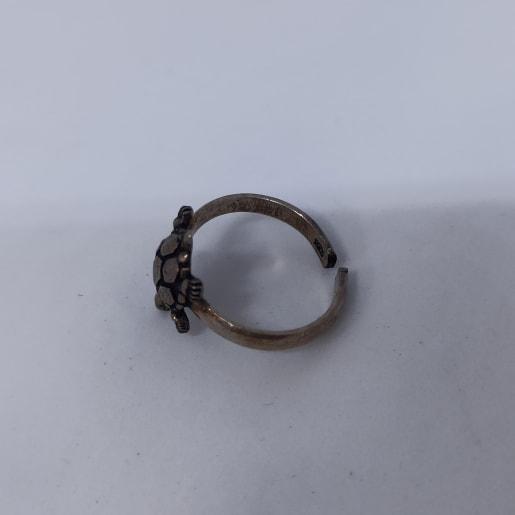 Tortoise Toe Ring