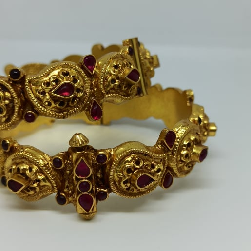 Hina Antique Bangles