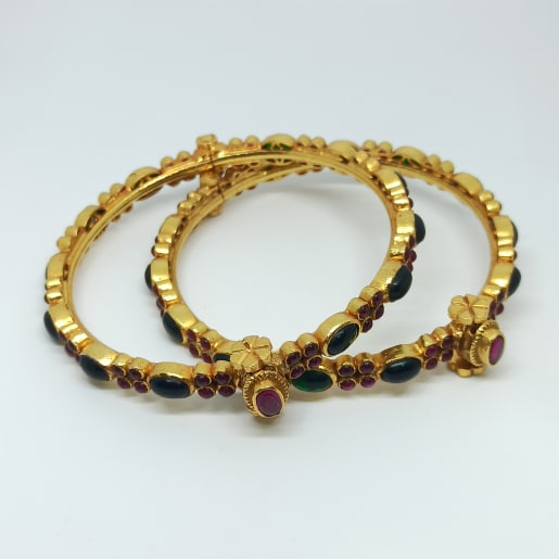 Kavya Antique Bangles