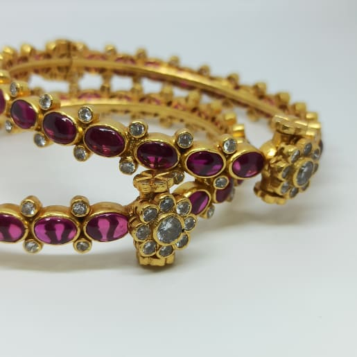 Yamini Antique Stone Bangle