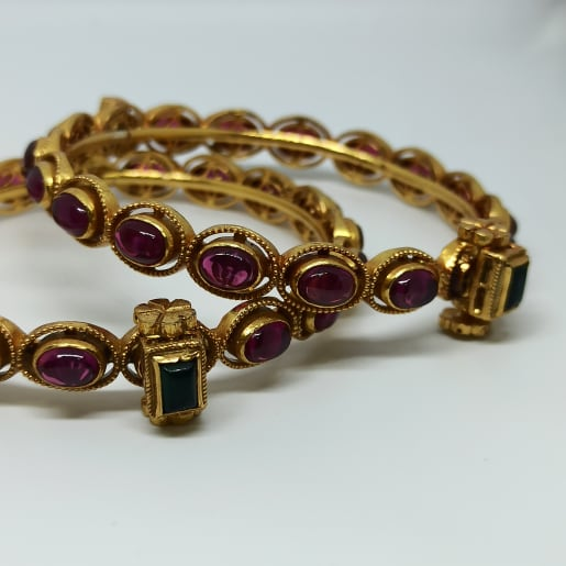 Kavya Antique Stone Bangles