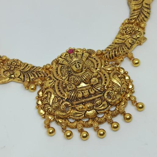 Vijaya Traditional Necklaces